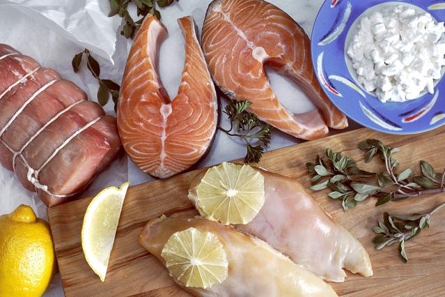 Alimenti ricchi di proteine: quali sono? Tabelle dei cibi ricchi di proteine animali e vegetali