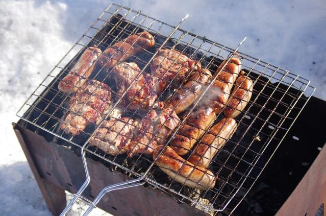 Carne alla griglia: è cancerogena? Come cuocerla? Informazioni e consigli