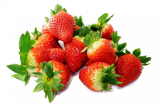 Fragole: proprietà, calorie, valori nutrizionali e controindicazioni