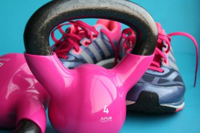 Kettlebell: cos'è ? Benefici, esercizi e programma di allenamento