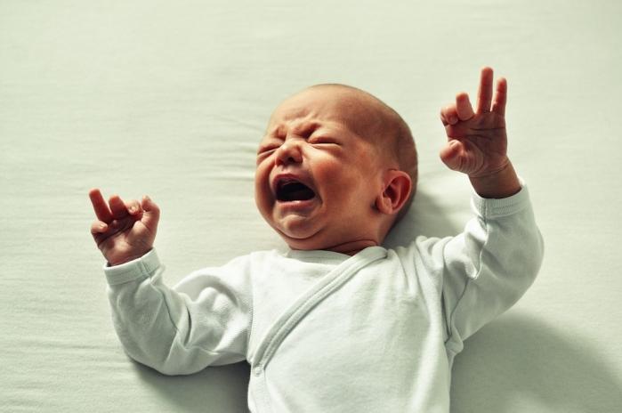 Mal di pancia: cause e rimedi per adulti e bambini